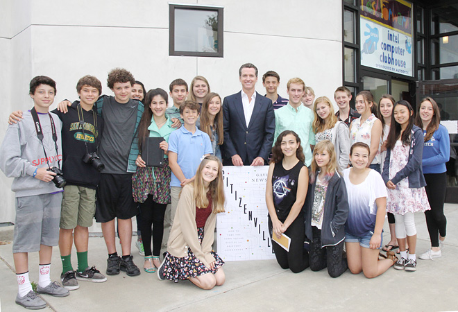 Image of Gavin Newsom posed with a group of our FastForward reporters